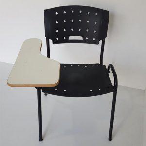 Cadeira iso universitaria com prancheta