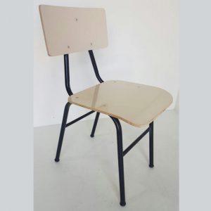 Cadeira escolar fórmica