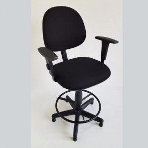 Cadeira executiva caixa alta com braços