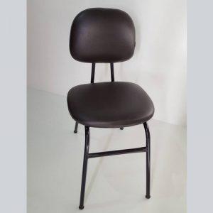 Cadeira secretária de aproximação com 04 pés