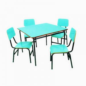 Conjunto de mesa e cadeiras 04 lugares